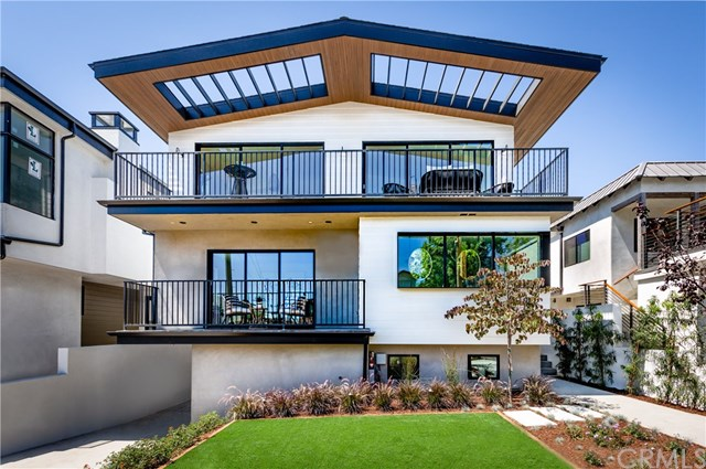 Active | 945 15th St Hermosa Beach, CA 90254 3