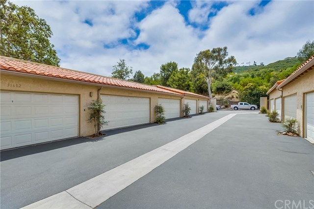 Active Under Contract | 31596 W Nine  Drive #F98 Laguna Niguel, CA 92677 17