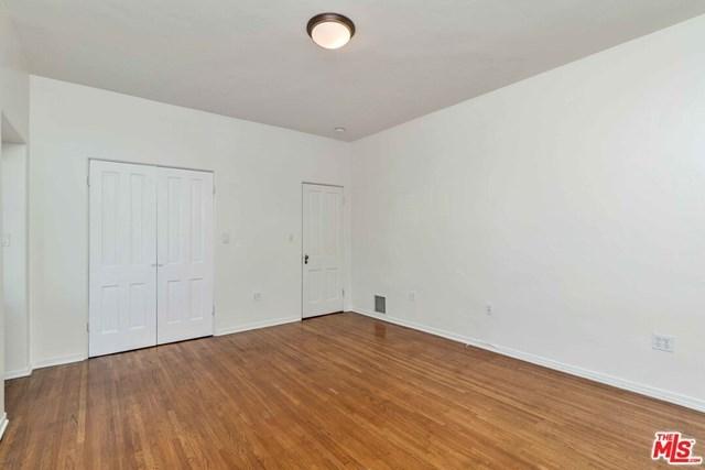 Closed   10840 Lindbrook  Drive #2 Los Angeles, CA 90024 28