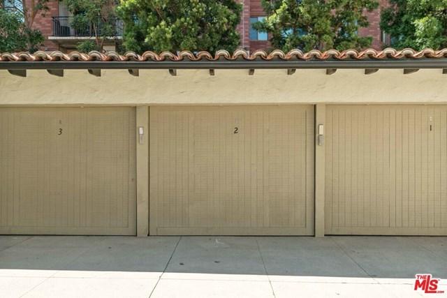 Closed   10840 Lindbrook  Drive #2 Los Angeles, CA 90024 35