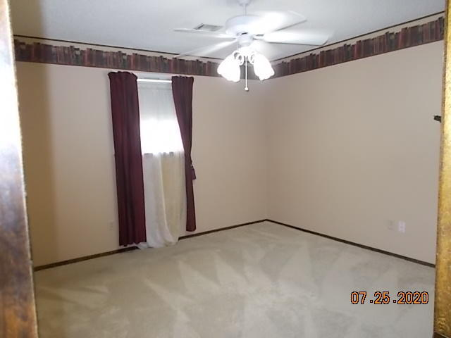 Pending | 829 Garfield  Blvd Miami, OK 74354 11