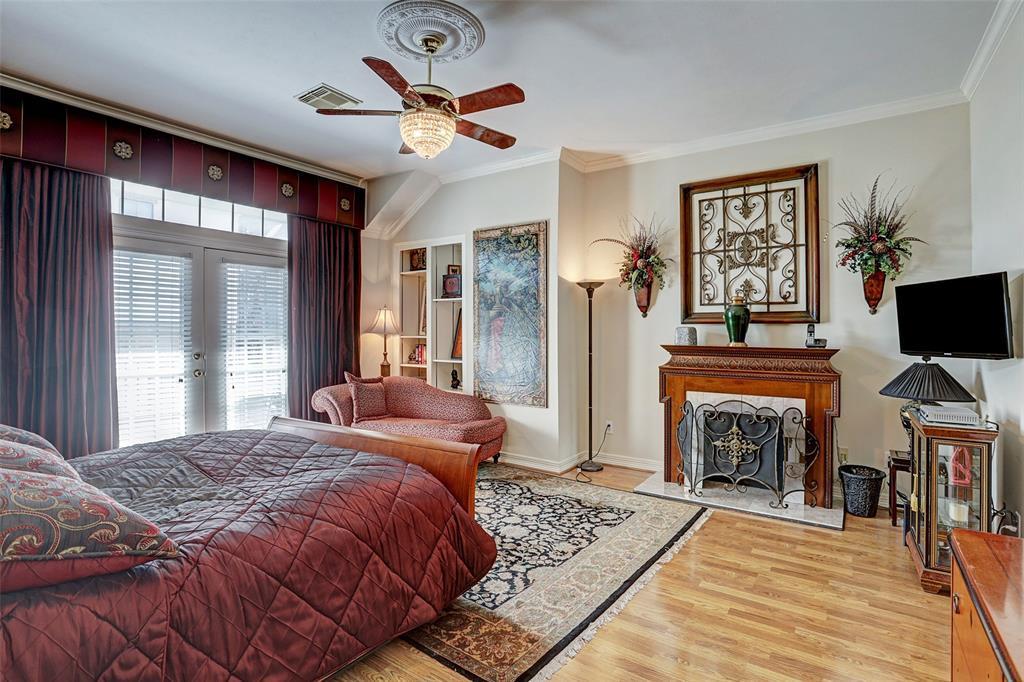 Off Market   306 Bomar Street Houston, Texas 77006 27
