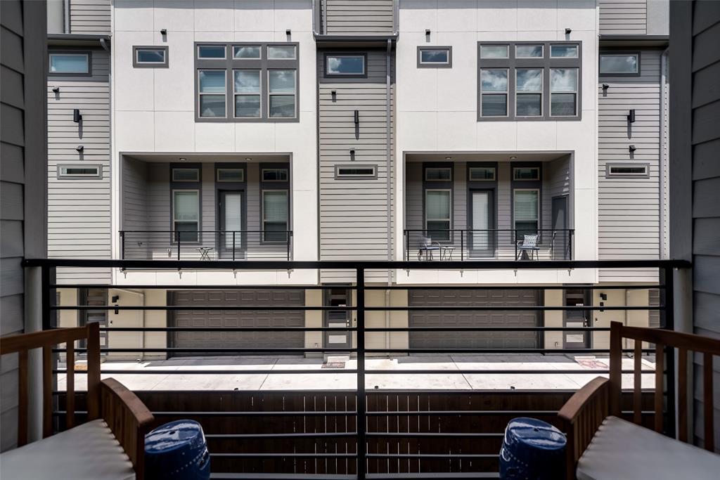 Sold Property | 4226 Roseland  Avenue #203 Dallas, TX 75204 19