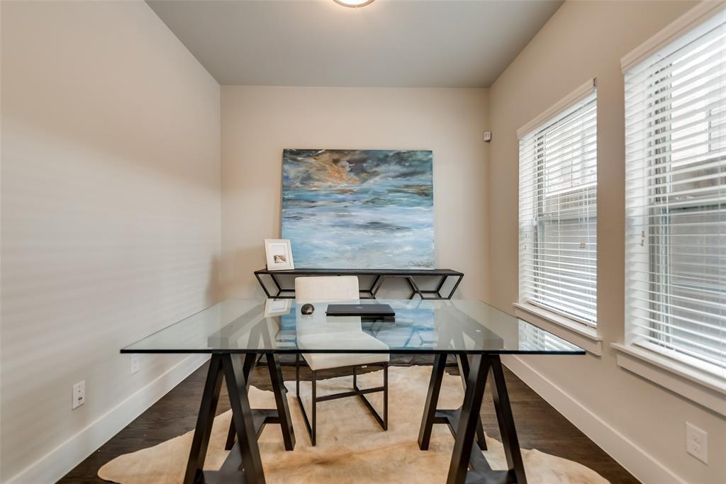 Sold Property | 4226 Roseland  Avenue #203 Dallas, TX 75204 2