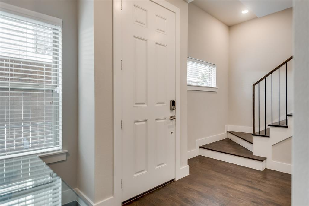 Sold Property | 4226 Roseland  Avenue #203 Dallas, TX 75204 3