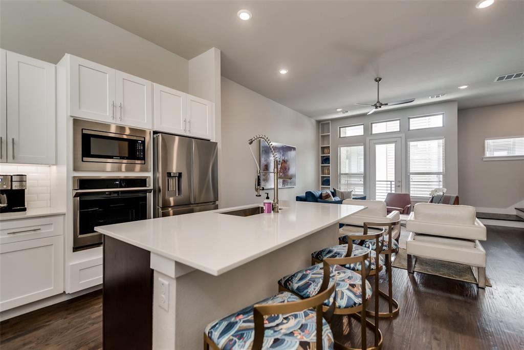 Sold Property | 4226 Roseland  Avenue #203 Dallas, TX 75204 9