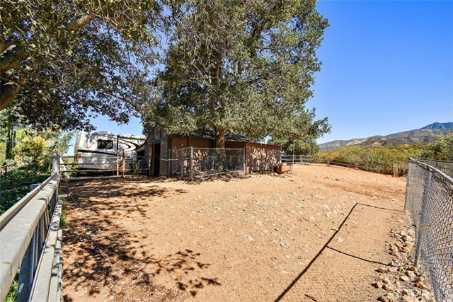 Closed | 8510 Avenida Miravilla Cherry Valley, CA 92223 31