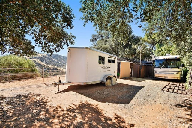Closed | 8510 Avenida Miravilla Cherry Valley, CA 92223 36