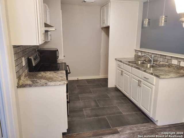 Active/Application Received | 14433 WOODS HOLE DR San Antonio, TX 78233 3