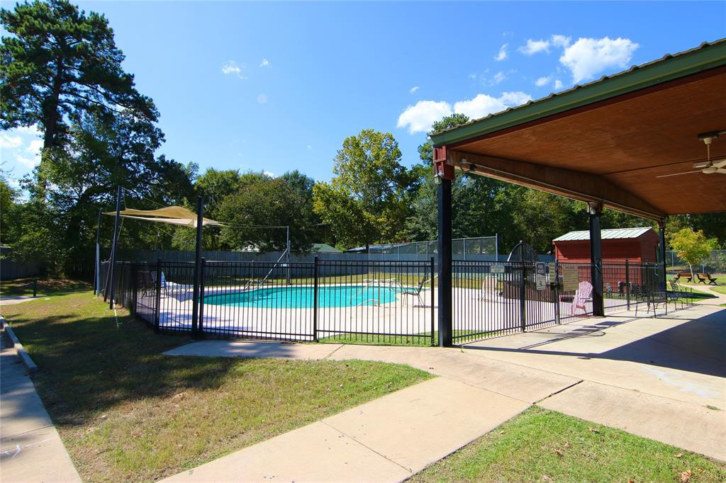 Active | 152 Wildwood Lake  Drive Huntsville, TX 77340 14