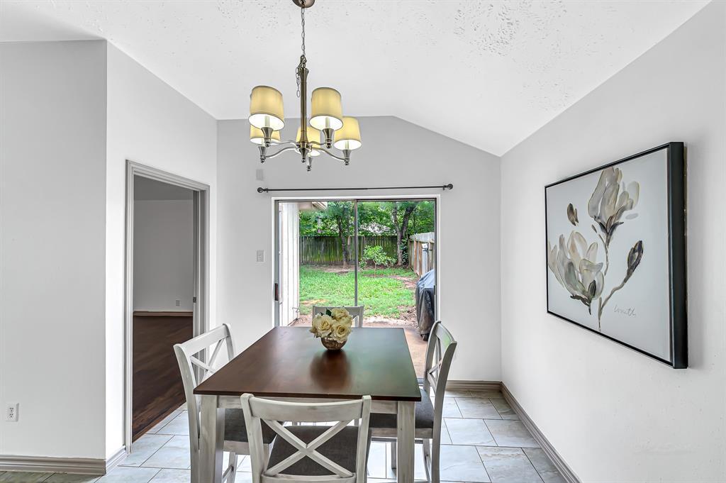 Option Pending   20614 Broughwood  Circle Katy, TX 77449 12
