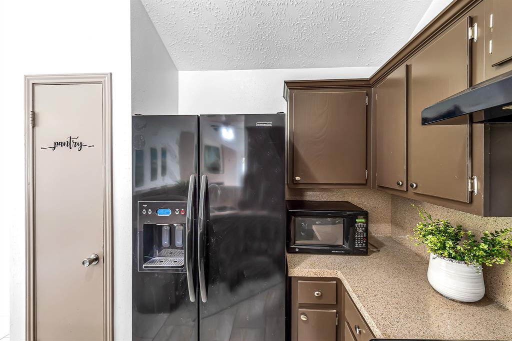 Option Pending   20614 Broughwood  Circle Katy, TX 77449 16