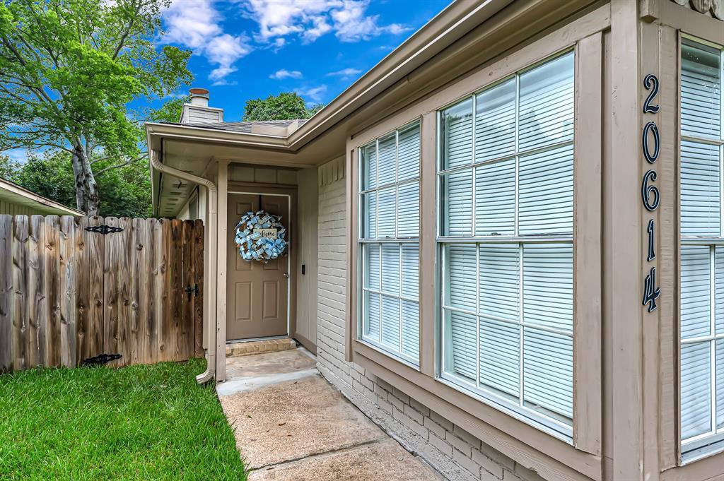 Option Pending   20614 Broughwood  Circle Katy, TX 77449 5