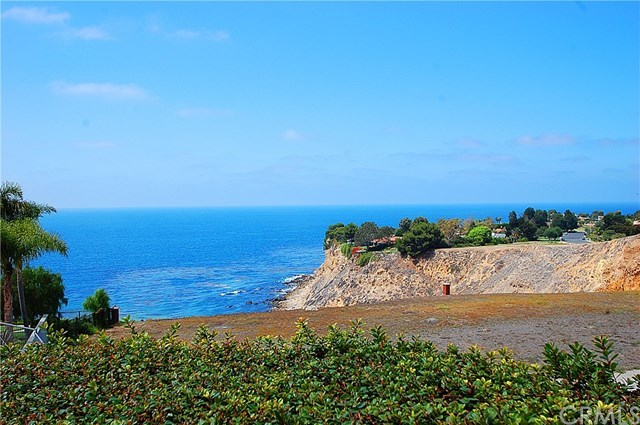 Pending | 10 Marguerite Drive Rancho Palos Verdes, CA 90275 0