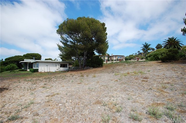 Pending | 10 Marguerite Drive Rancho Palos Verdes, CA 90275 5