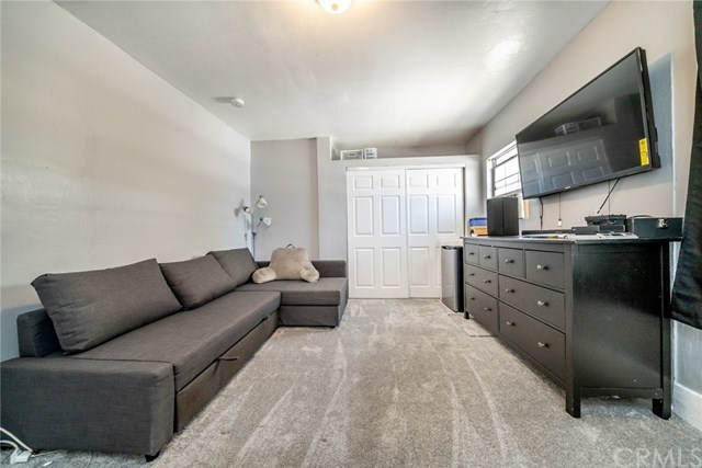 Active Under Contract | 428 W 75th  Street Los Angeles, CA 90003 19