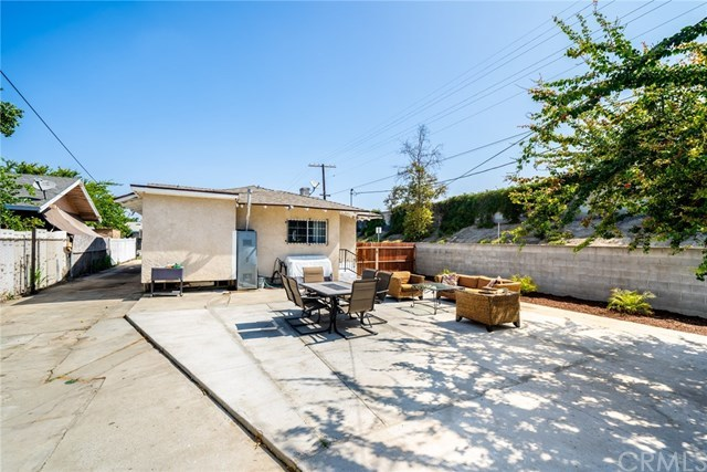 Active Under Contract | 428 W 75th  Street Los Angeles, CA 90003 27