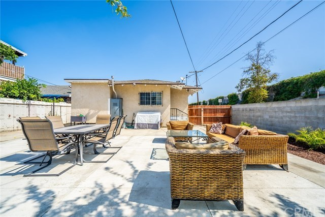 Active Under Contract | 428 W 75th  Street Los Angeles, CA 90003 28