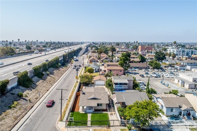 Active Under Contract | 428 W 75th  Street Los Angeles, CA 90003 32