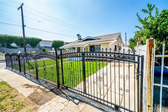 Active Under Contract | 428 W 75th  Street Los Angeles, CA 90003 36