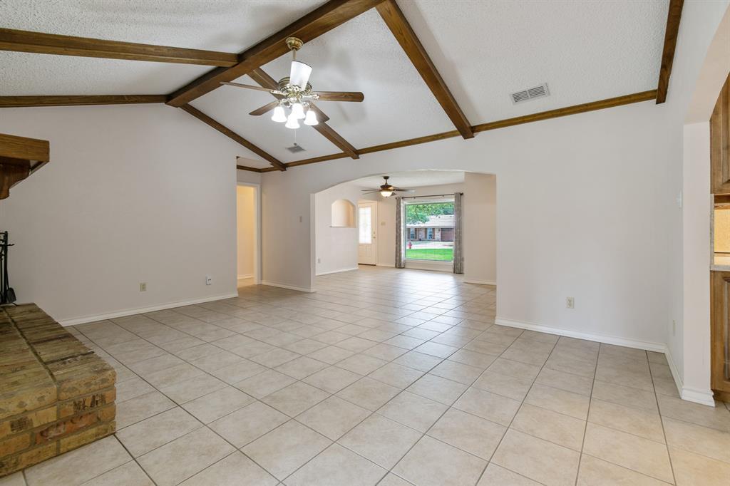 Sold Property   609 Sandlin Drive Bedford, Texas 76021 12