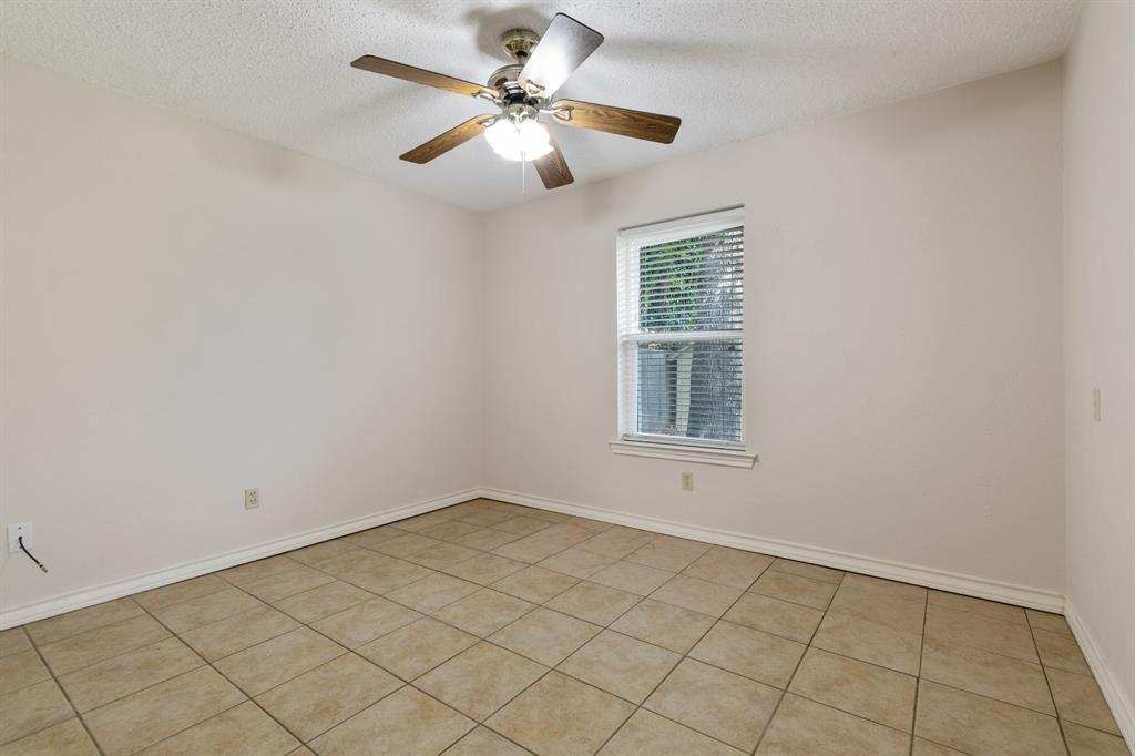 Sold Property   609 Sandlin Drive Bedford, Texas 76021 18