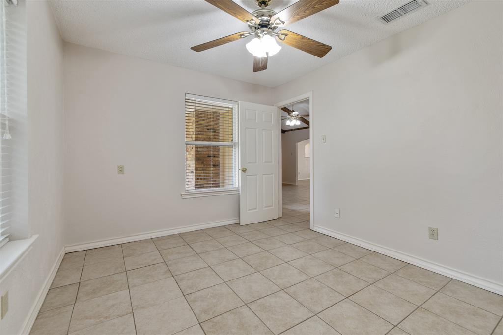 Sold Property   609 Sandlin Drive Bedford, Texas 76021 19