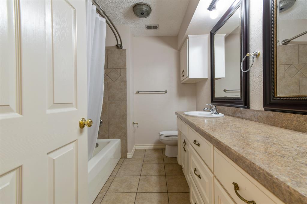 Sold Property   609 Sandlin Drive Bedford, Texas 76021 23