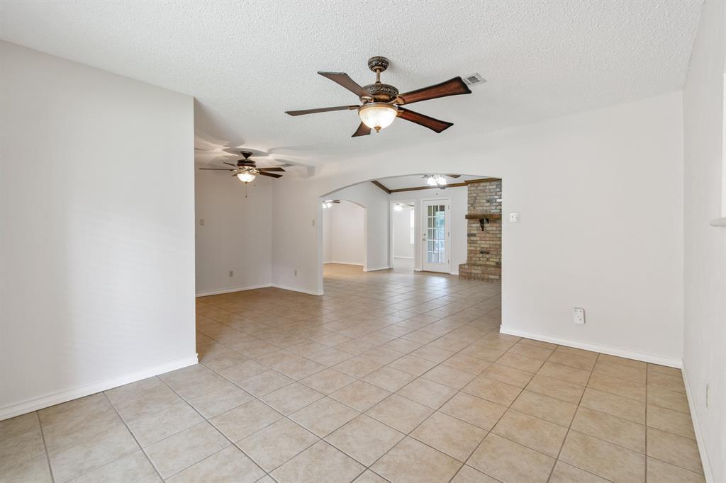 Sold Property   609 Sandlin Drive Bedford, Texas 76021 5