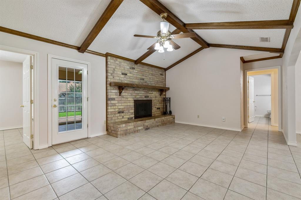 Sold Property   609 Sandlin Drive Bedford, Texas 76021 11