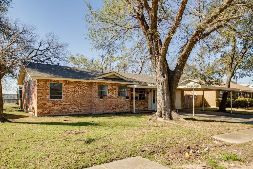 Sold Property | 8141 Tumbleweed Trail White Settlement, Texas 76108 1