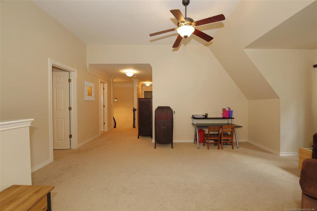 Active | 10202 S Knoxville Avenue Tulsa, OK 74137 32