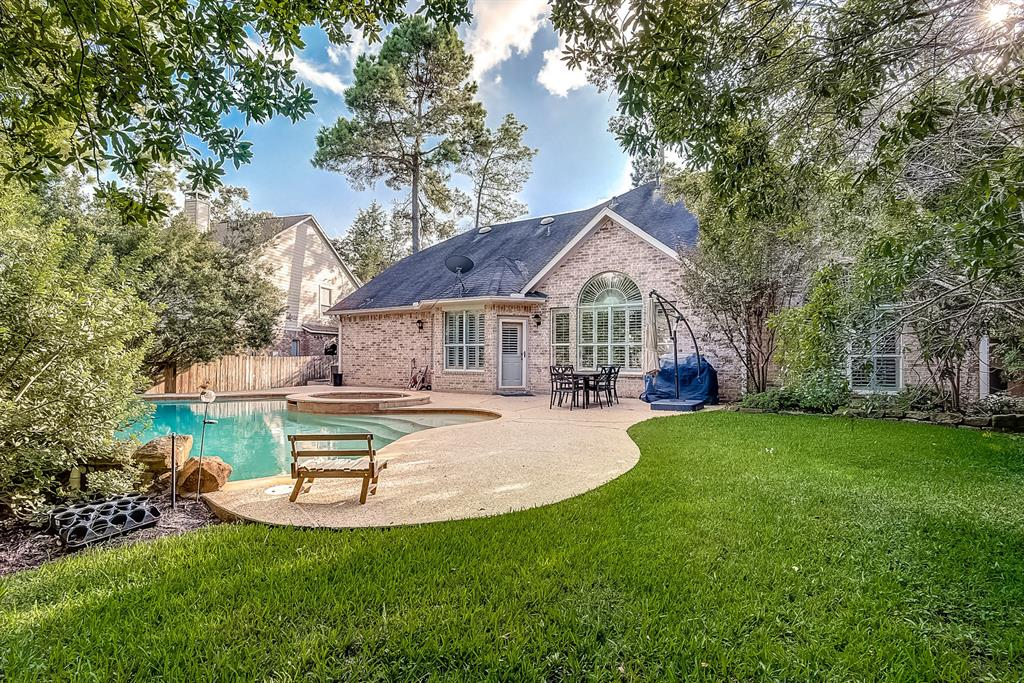 Active | 30 FILIGREE PINES  Place The Woodlands, TX 77382 15