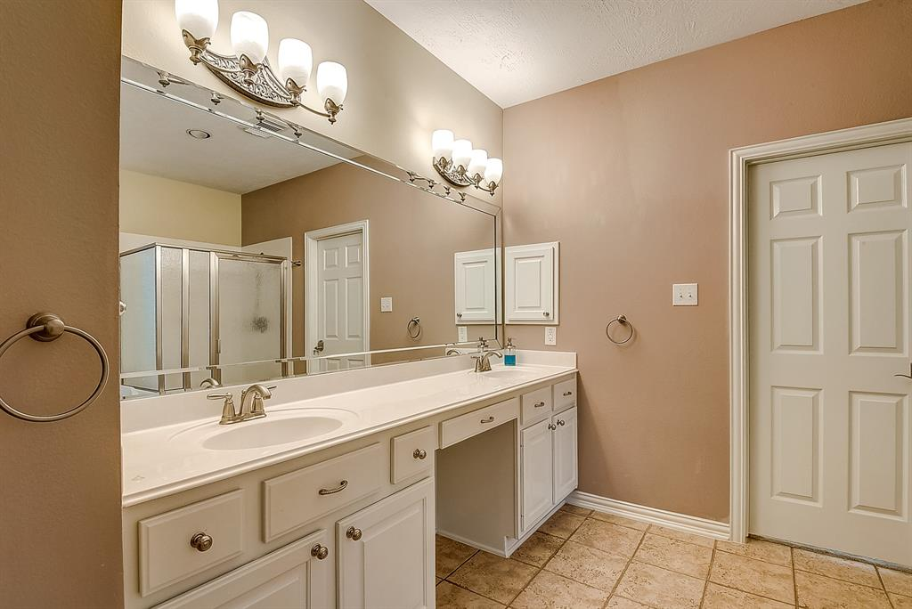 Active | 30 FILIGREE PINES  Place The Woodlands, TX 77382 19