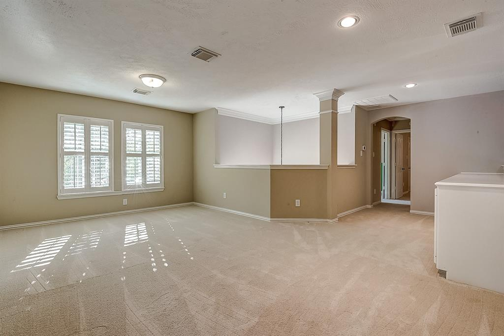 Active | 30 FILIGREE PINES  Place The Woodlands, TX 77382 5