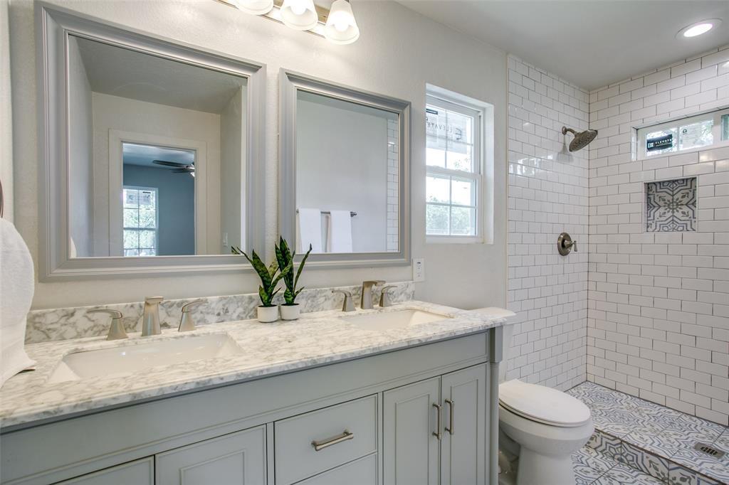 Sold Property | 701 Lakeland Court Lake Dallas, Texas 75065 16