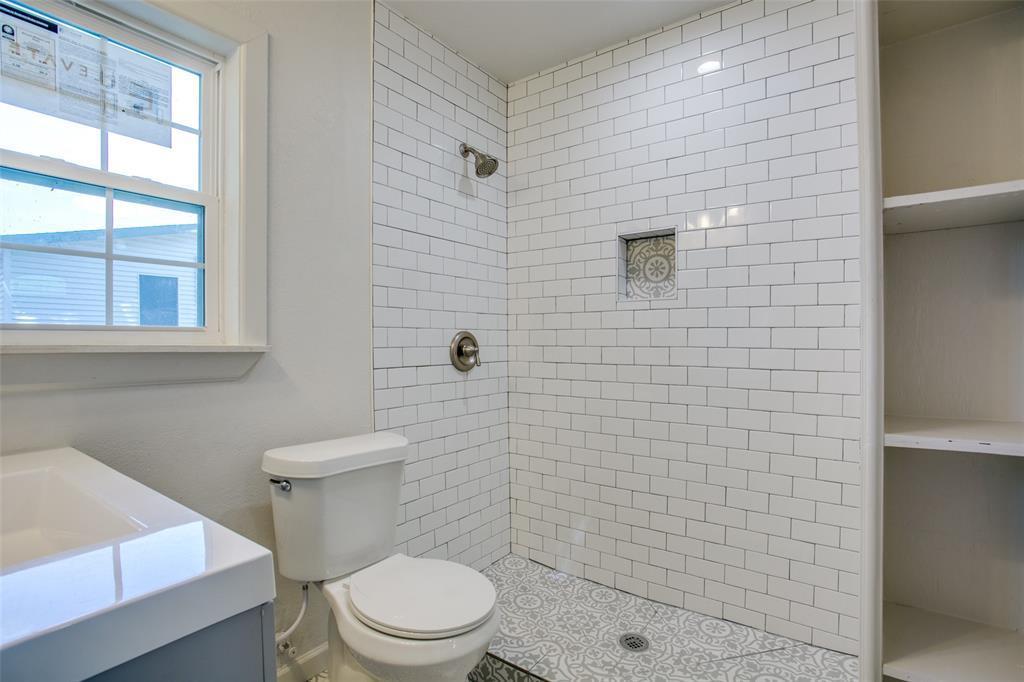 Sold Property | 701 Lakeland Court Lake Dallas, Texas 75065 19