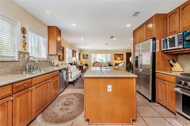Pending | 5112 Hesperia  Avenue Encino, CA 91316 11
