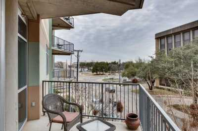 Sold Property | 1001 Belleview Street #202 Dallas, Texas 75215 16