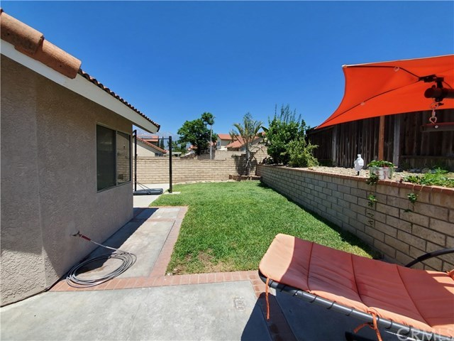 Closed | 7555 Honeysuckle  Street Fontana, CA 92336 15