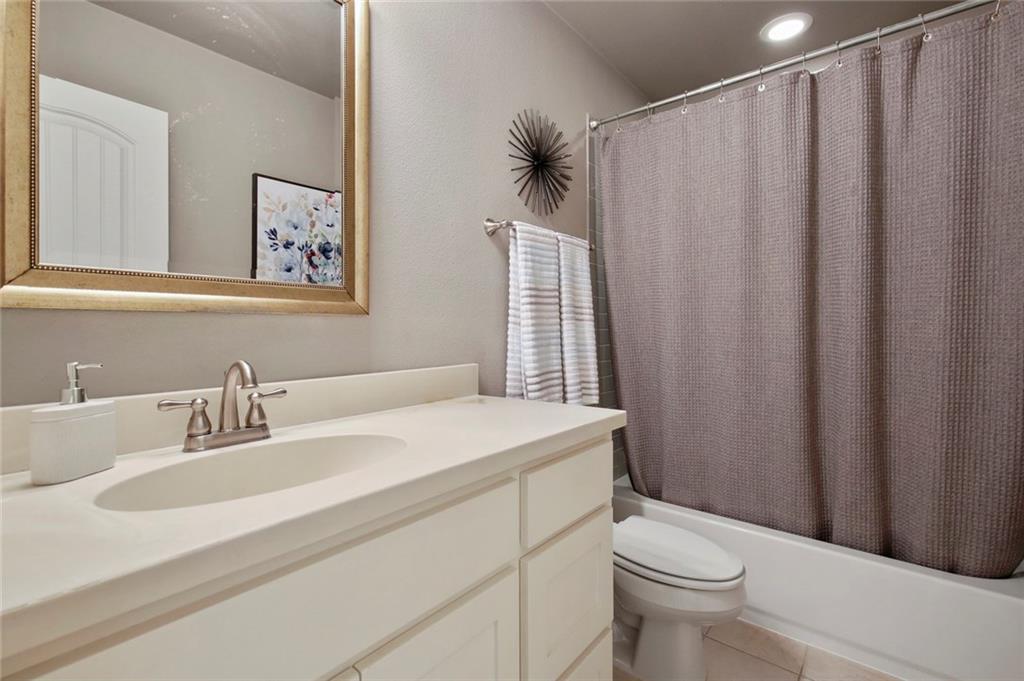Housed Real Estate  | 2601 Fitzgerald Avenue McKinney, Texas 75071 32