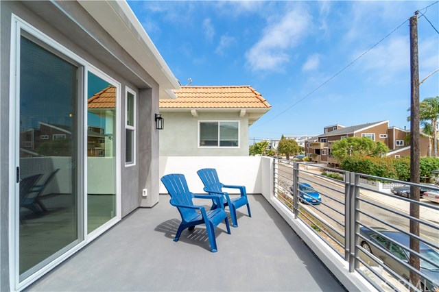 Active | 2517 Voorhees  Avenue #A Redondo Beach, CA 90278 31