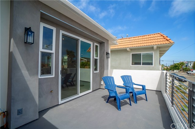 Active | 2517 Voorhees  Avenue #A Redondo Beach, CA 90278 32