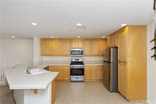 Pending | 9467 Barstow  Drive #102 Rancho Cucamonga, CA 91730 8
