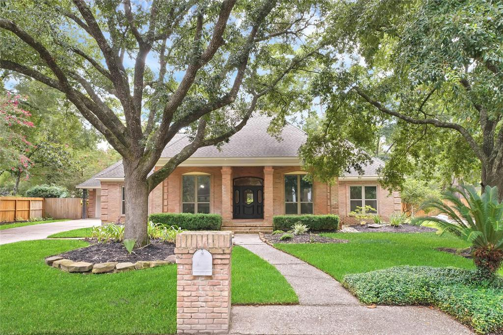 Active | 2207 Pleasant Creek Drive Kingwood, Texas 77345 0
