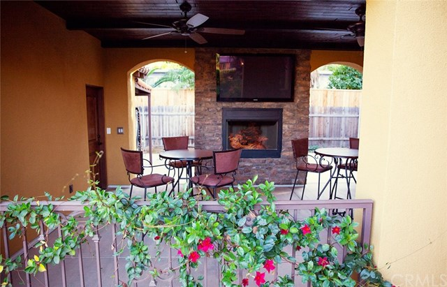 Active | 4034 Crown Ranch  Road Corona, CA 92881 3