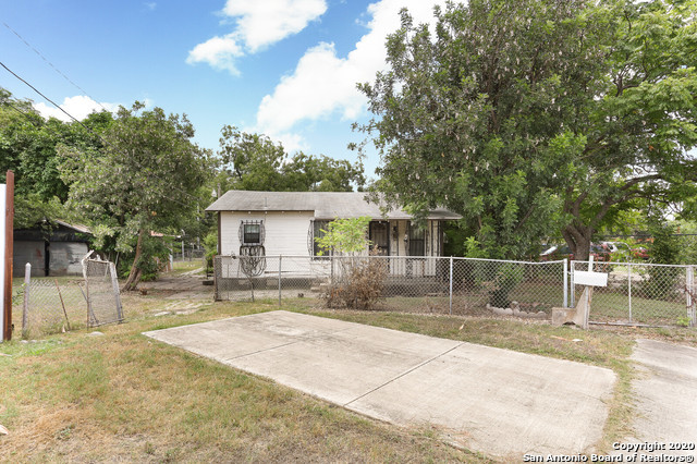 Active Option | 582 NEW LAREDO HWY San Antonio, TX 78211 17