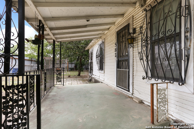 Active Option | 582 NEW LAREDO HWY San Antonio, TX 78211 6
