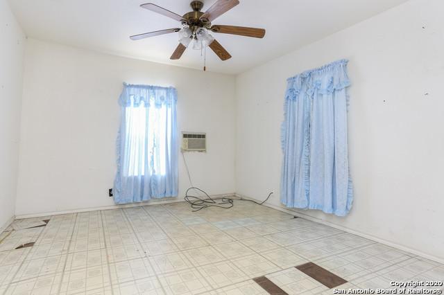 Active Option | 582 NEW LAREDO HWY San Antonio, TX 78211 8