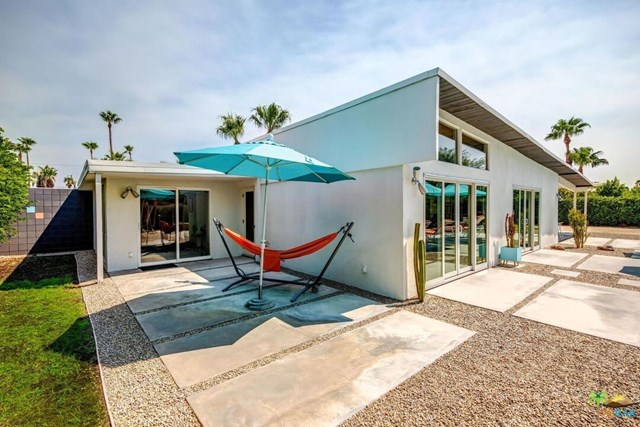 Closed | 805 E Racquet Club Road Palm Springs, CA 92262 32